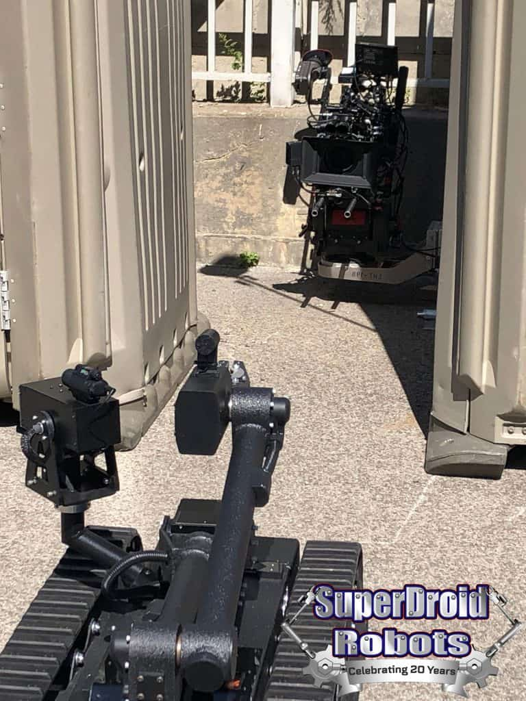 SuperDroid HD2 Mastiff Behind the Scenes Tommy